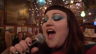 "Beth Ditto - ""Fire"" - Inas Nacht, ARD, 24.6. 2017"