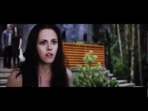 Bella sees Renesmee for the first time - Bella freaks out on Jacob!