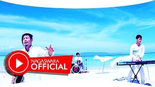 Video Zivilia - Dunia Akhirat - Official Music Video - NAGASWARA MP3, 3GP, MP4, WEBM, AVI, FLV Maret 2019