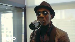 Aloe Blacc - Wake Me Up (Live) (VEVO LIFT)