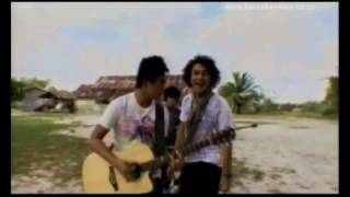 Video Nidji - Laskar Pelangi (SUPER HQ Audio/Video) MP3, 3GP, MP4, WEBM, AVI, FLV Februari 2018