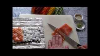 Uramaki Sushi Salmon
