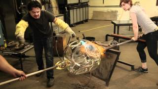 Video Glass Blowing - Behind the Scenes with John Pomp MP3, 3GP, MP4, WEBM, AVI, FLV Desember 2017