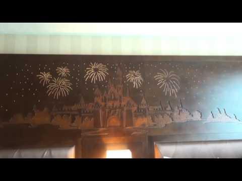 Disneyland Hotel Room Tour Premium View