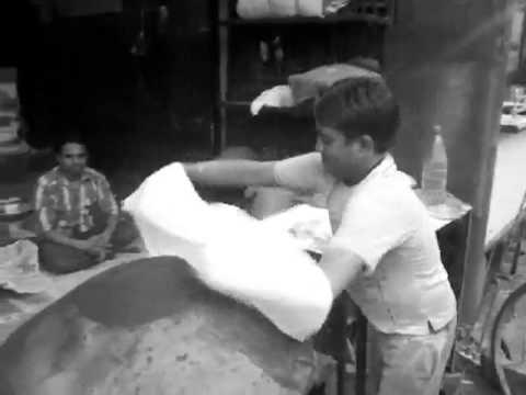 Manda - A giant roomali roti
