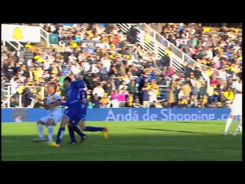cruz - Abreu se fue expulsado a los 39' del primer tiempo por imprudencia al levantar su codo, cuando disputaba una pelota que venía desde arriba.