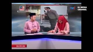 Video Penyampai Berita TV1 Tergelak Semasa Bersiaran Langsung MP3, 3GP, MP4, WEBM, AVI, FLV Januari 2019