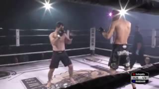 Zawodnik MMA nastawia wybity bark przeciwnika – tego jeszcze nie widziałeś!