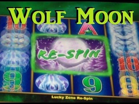 Wolf Moon Slot Machine Bonus – Free Spins and Respins!  Big Win! ~ Aristocrat (Wolf moon)