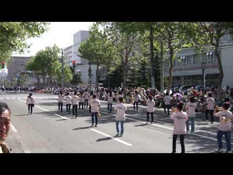 旭川市立啓北中学校・第82回北海道音楽大行進(2014年