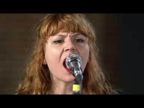 Altin Gun - Goca Dunya (Live on KEXP)