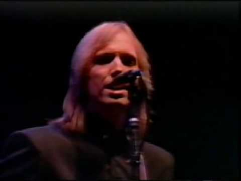 Tom Petty - American Girl lyrics