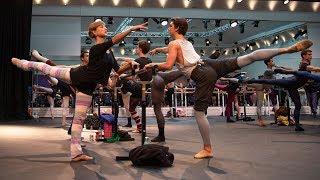 Video The Royal Ballet morning class in full - World Ballet Day 2018 MP3, 3GP, MP4, WEBM, AVI, FLV Juni 2019