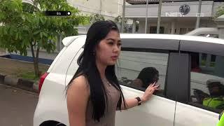Video Ingin Cepat Sampai, Wanita Ini Nekat Pakai Rotator - 86 MP3, 3GP, MP4, WEBM, AVI, FLV Juni 2018