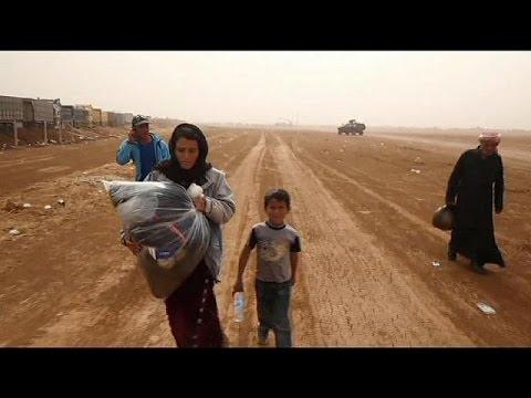 Situation de détresse pour plusieurs milliers de réfugiés kurdes bloqués à la frontière…