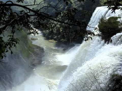 Cachoeira do Rio Claro (Entre Uberlandia e Nova Ponte)
