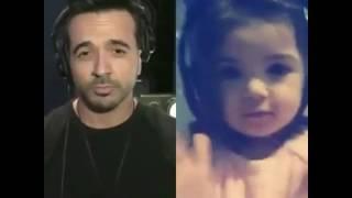 Video Niña de 2 añitos tratando de cantar despacito de Luis fonsi feat daddy yankee ❤️smule by Melanie MP3, 3GP, MP4, WEBM, AVI, FLV Februari 2018