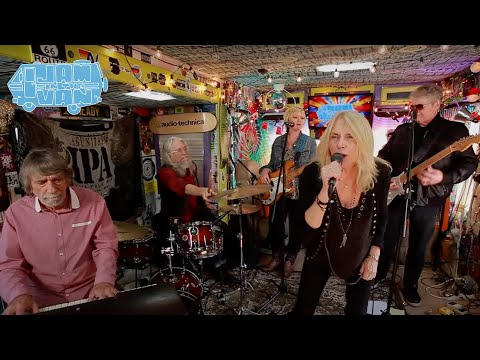 PEGI YOUNG AND THE SURVIVORS -