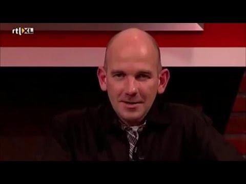 CLASSIC: ''René kijk eens dom, ja ho maar!'' - VOETBAL INSIDE (видео)