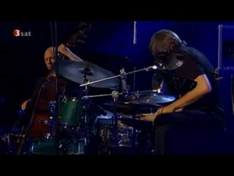 spunky - Esbjrn Svensson Trio - Spunky Sprawl - Live Leverkuzener Jazzstage 2005.