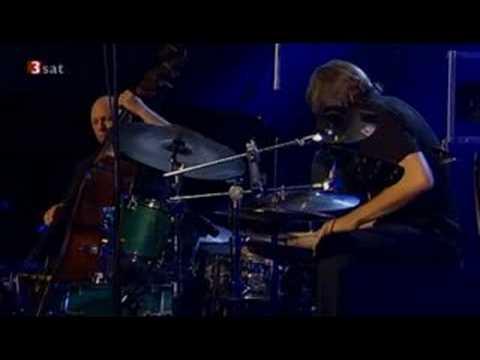 spunky - Esbjörn Svensson Trio - Spunky Sprawl - Live Leverkuzener Jazzstage 2005.