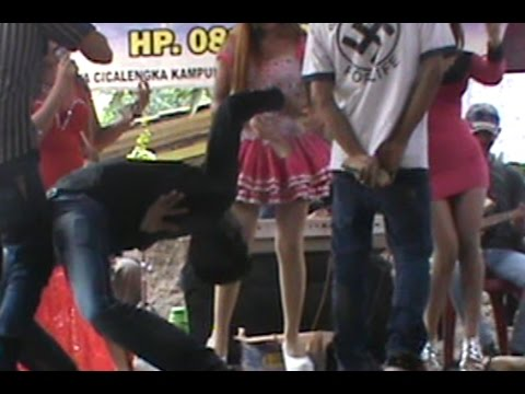 Dangdut Mania - Parah, Cium vagina Penyanyi di panggung