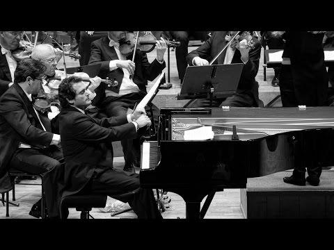 Piano Dream Malek Jandali مالك جندلي حلم البيانو (видео)