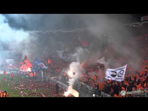 28.11.2013 Bordeaux - Eintracht Frankfurt   Walk - Pyro - Support (видео)