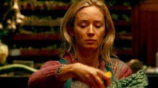 音を立てたら即死…食器が触れる音もNG!極限状態のディナーが始まる/映画『クワイエット・プレイス』特別映像