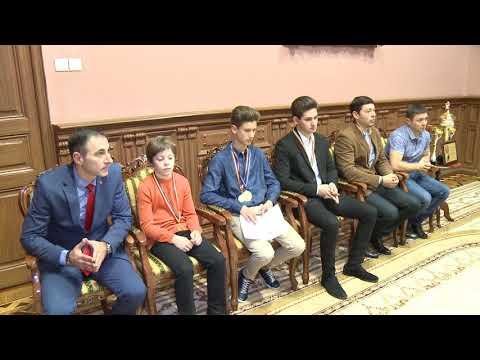 Un grup de motocicliști moldoveni au primit Diploma de Onoare a Președintelui Republicii Moldova