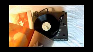 Somebody That I Used To Know - Gotye and Kimbra - official TheDailyVinyl music video #51