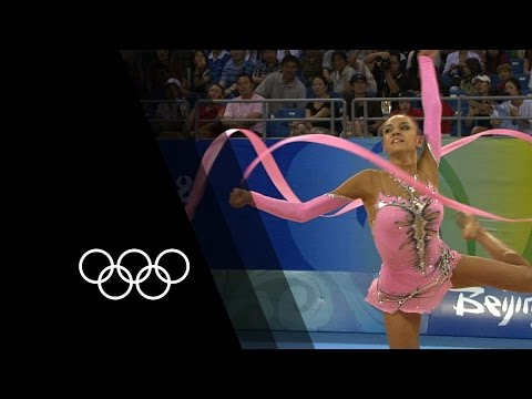 Kanaeva's Rhythmic Gymnastics Double Gold | 90 Seconds of the Olympics