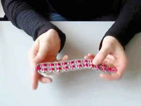 chapas de latas - Os muestro como hacer la pulsera de chapas de lata de refresco que tanto se llevan. Espero que os guste!! Este vídeo es la copia del original.