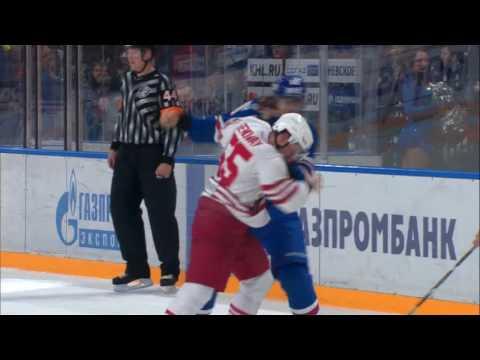 KHL Fight: Viktor Tikhonov VS Chay Genoway (видео)