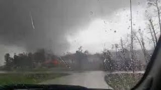 Willis (TX) United States  city photos : Large Tornado near Willis, Texas