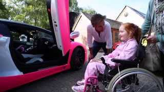 Video Richard Hammond grants Emilia's Rays of Sunshine wish to go in a pink Lamborghini! MP3, 3GP, MP4, WEBM, AVI, FLV Januari 2018