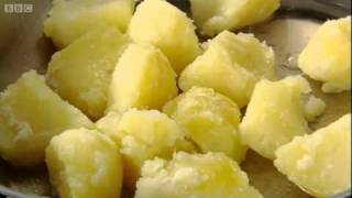 Heston Blumenthal uses his advanced cooking knowledge to show us how to cook the perfect roast potatoes. Great recipe video ...