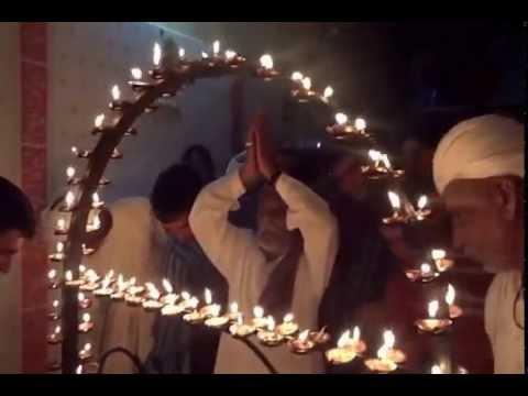 Video Goga mahraj ni aarti Daran(ગોગા મહારાજ ની રોશની - ગામ -ડરણ ) download in MP3, 3GP, MP4, WEBM, AVI, FLV January 2017