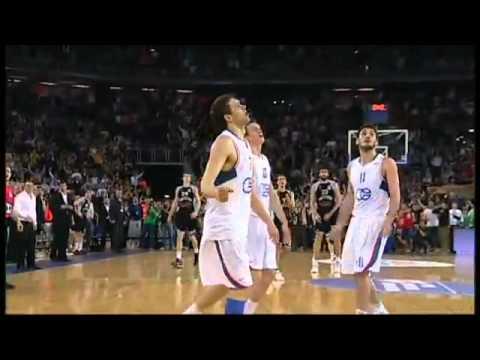 比賽結束前0.6秒投進逆轉三分他們開始狂歡慶祝,但是沒想到下一刻就淪為全場笑柄!
