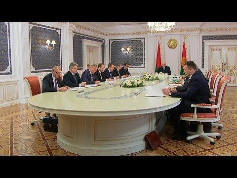 Лукашенко требует прекратить разбой с необоснованным уплотнением и рубкой деревьев
