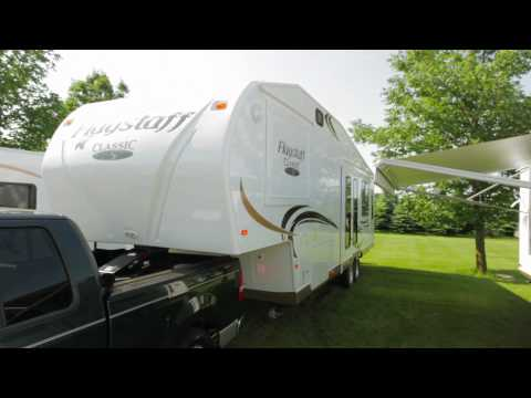 Flagstaff Fifth Wheel with Reese Revolution Pin Box