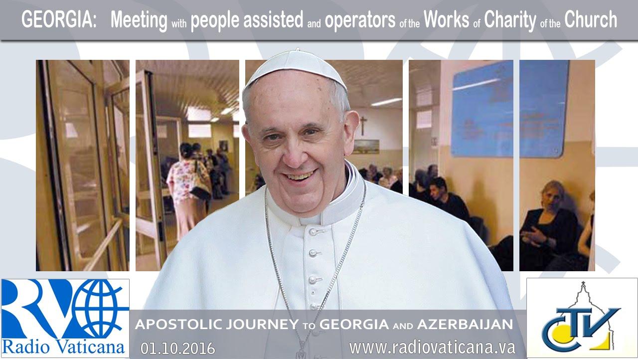 Encuentro con los asistidos y con los operadores de las Obras de Caridad de la Iglesia frente al Centro de asistencia de los Padres Camilos
