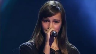Video 14-Year Old Britt SINGS Evanescence's Bring Me To Life - Voice Kids MP3, 3GP, MP4, WEBM, AVI, FLV Agustus 2018
