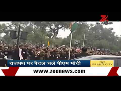 Foot - Watch: PM Narendra Modi's foot march at Rajpath on 66th Republic Day of India.