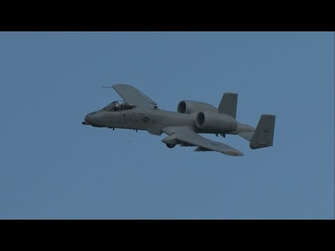 A-10 Thunderbolt II Demonstration EAA...