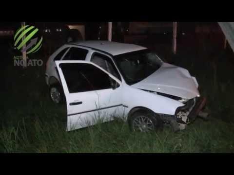 Motorista embriagado bate em poste e é socorrido pelos Bombeiros
