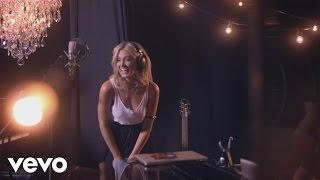 Delta Goodrem - Throw It Away (Acoustic)