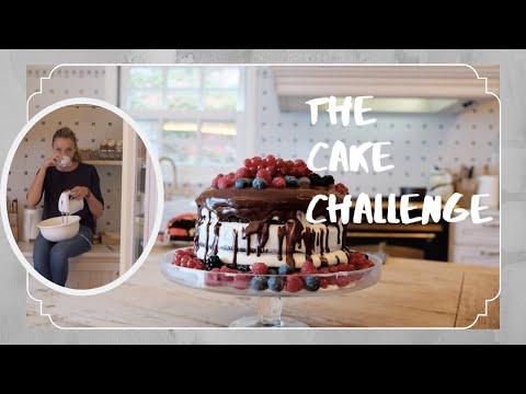 Video - Ο Σάκης Ρουβας τρύπωσε στην κουζίνα της Κάτιας Ζυγούλη και δοκιμάζει τι φτιάχνει!