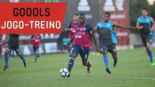 Willian Arão, Mancuello, Berrío, Leandro Damião, Vinicius Júnior e Felipe Vizeu marcaram os gols da vitória do Mais Querido por...
