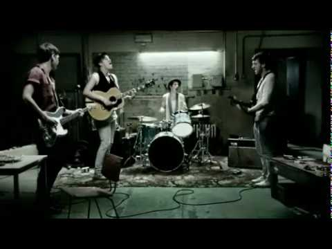 Blackberry Commercial (2009 - 2010) (Television Commercial)